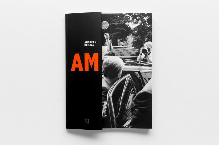 Photobook, AM, Nimbusbooks, Ausstellung, Exhibition, AM, fhoch3, Berlin, EMOP, Angela Merkel, Bundeskanzlerin, Herzau,